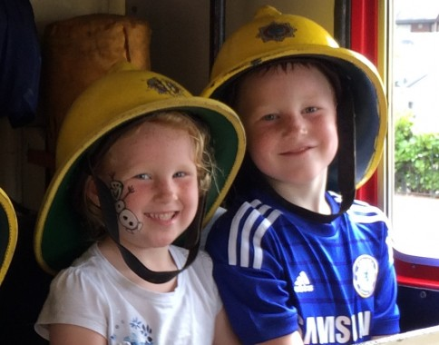 fire service world record Kelsey Russell, age four, and her brother William, six.
