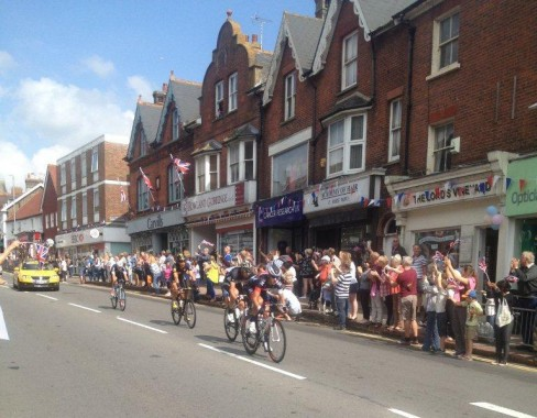 Tour of Britain competitors race down Uckfield High Street. Picture by Sue Kingshott.