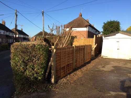 keld-close-fence-up-2