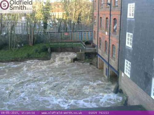 river-uck-web-cam-15.15