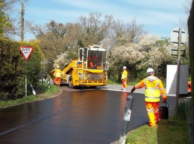 road-surface-dressing