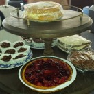 ... and more cakes ...