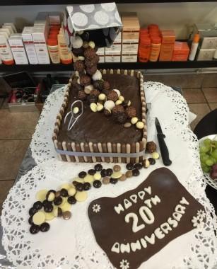 claire-davies-cake