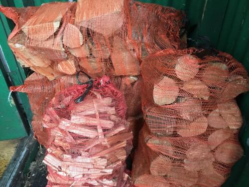 blackford-kindling-logs
