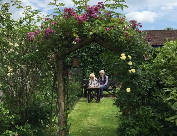 harlands-villas-13-rose-arch