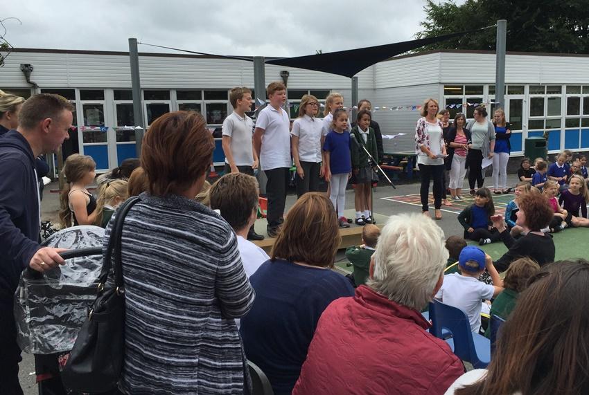 manor-olympics-choir
