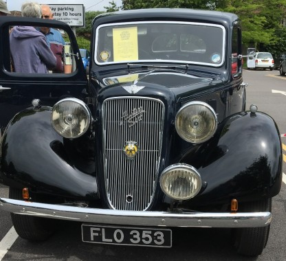 An Austin 18 from 1939