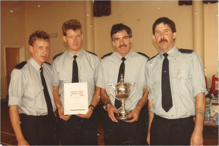 ian-ritchie-neil-taylforth-geoff-gregory-ray-read-competition-drill-winners-1985