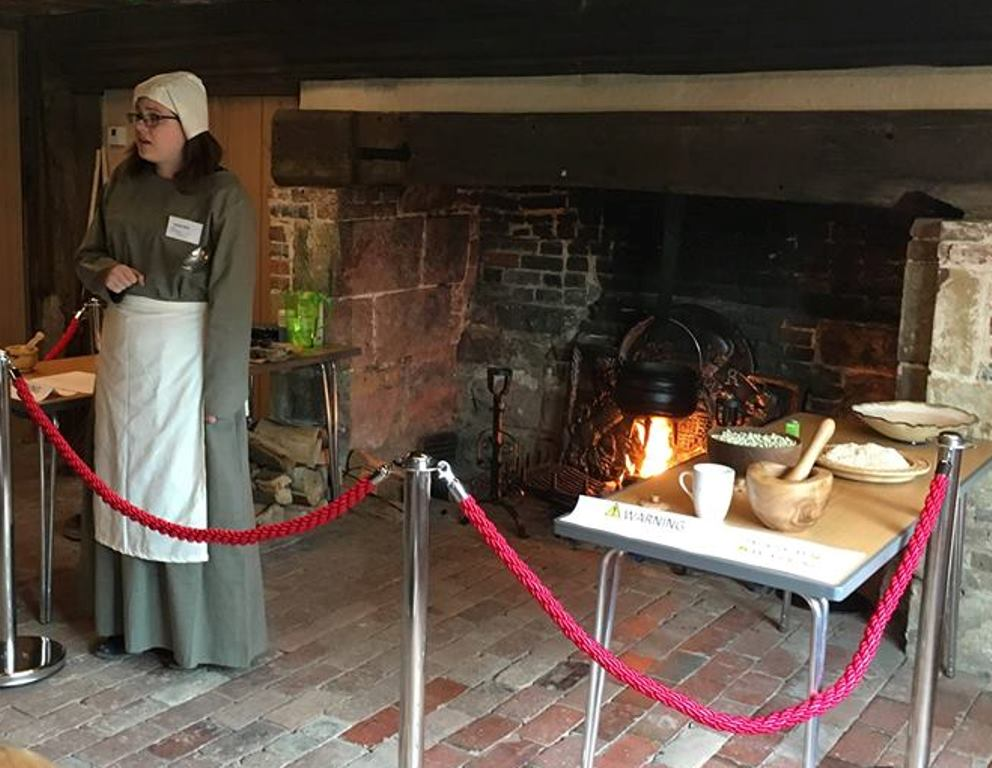 bridge-cottage-maria-kirk-Tudor-cooking