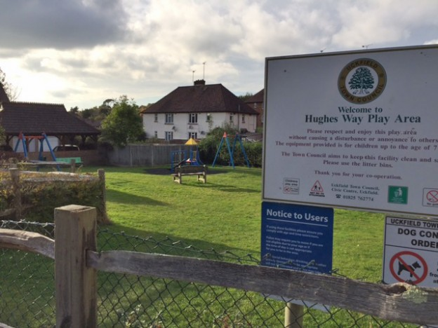 hughes-way-play-area-1