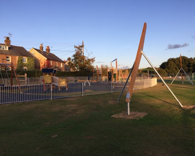 Restrospective planning permission has been granted to the town council for its zip wire on the Ridgewood Recreation Ground