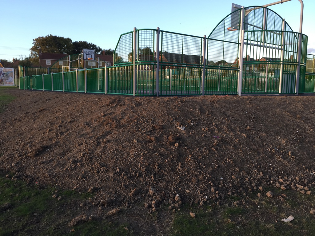 ridgewood-play-area-muga-8