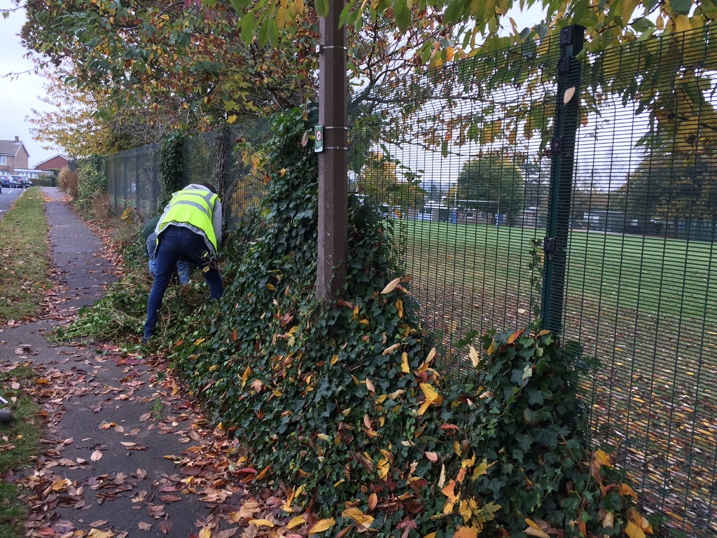manor-park-clean-up-1