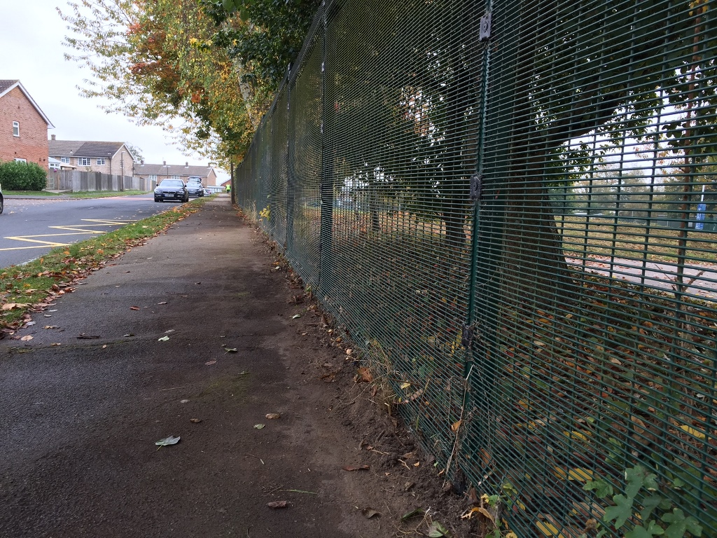 manor-park-clean-up-4