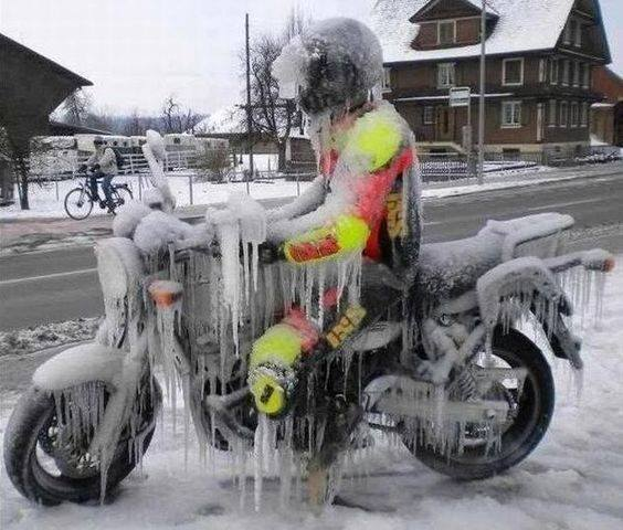 j&s-accessories-iced-bike