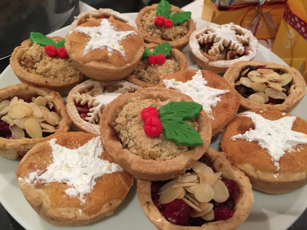 sg-interiors-mince-pies