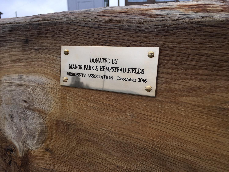 manor-bench-plaque