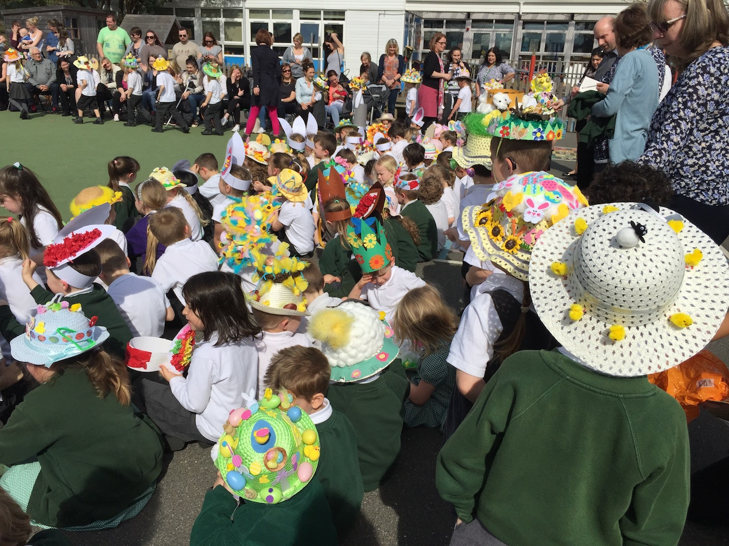 manor-easter-bonnets-10