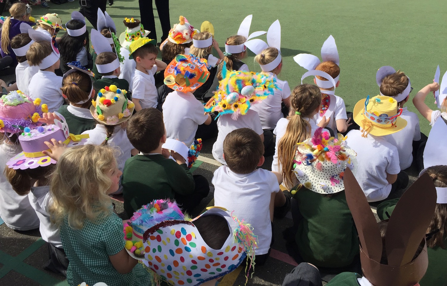 manor-easter-bonnets-3