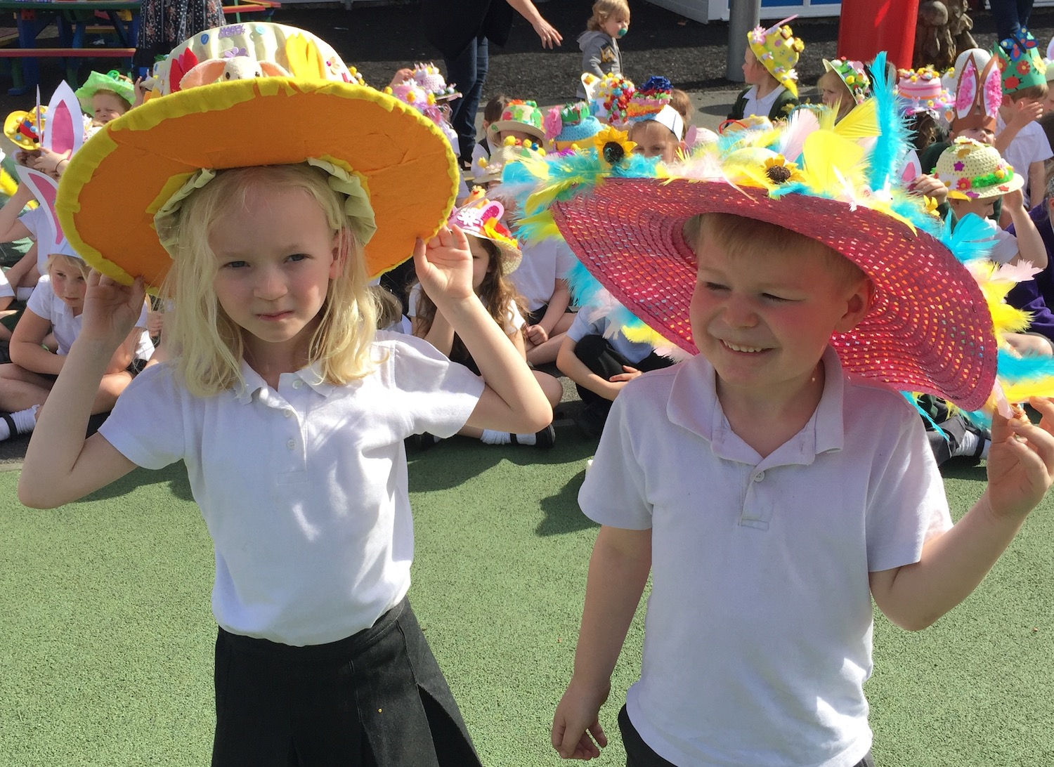 manor-easter-bonnets-special-winners