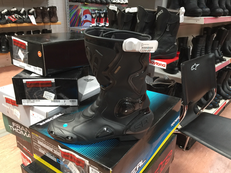 J&S-vegan-boots