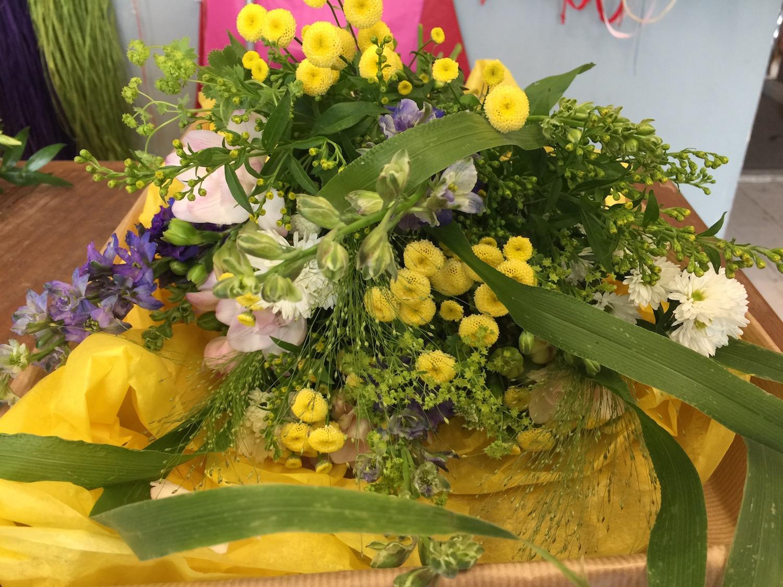 flower-shop-bouquet