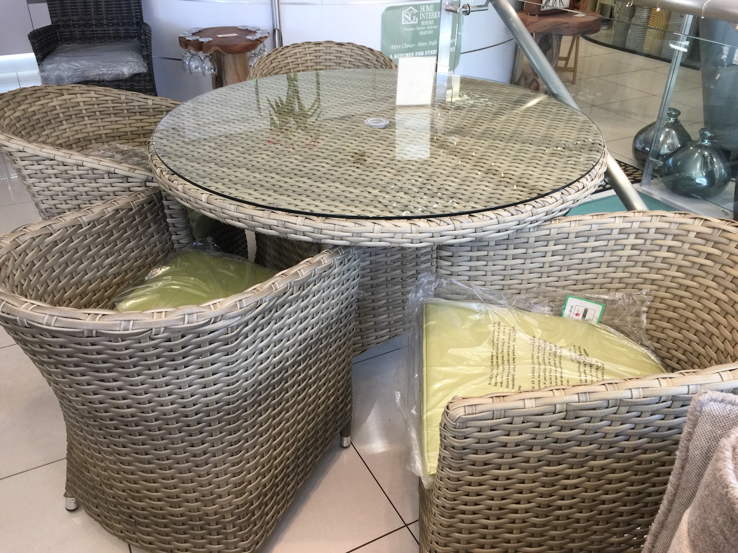 sg-home-interiors-outdoor-weave-furniture