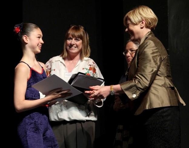 chloe-hanson-cram-award