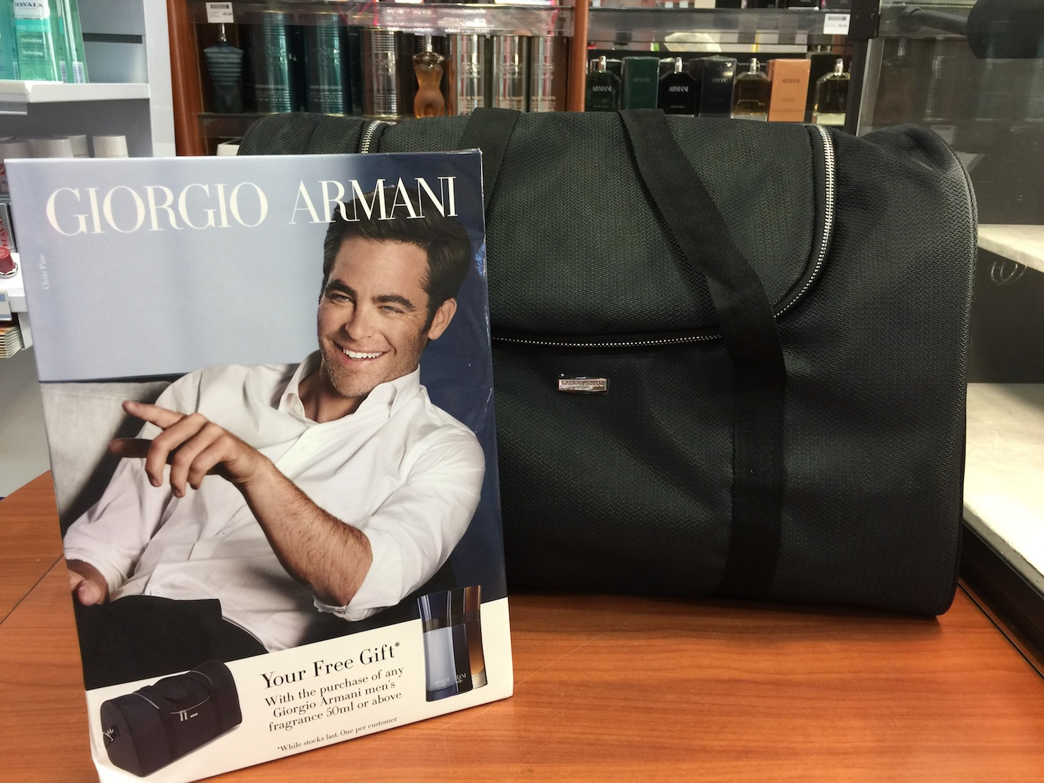 kamsons-free-gift-man's-holdall