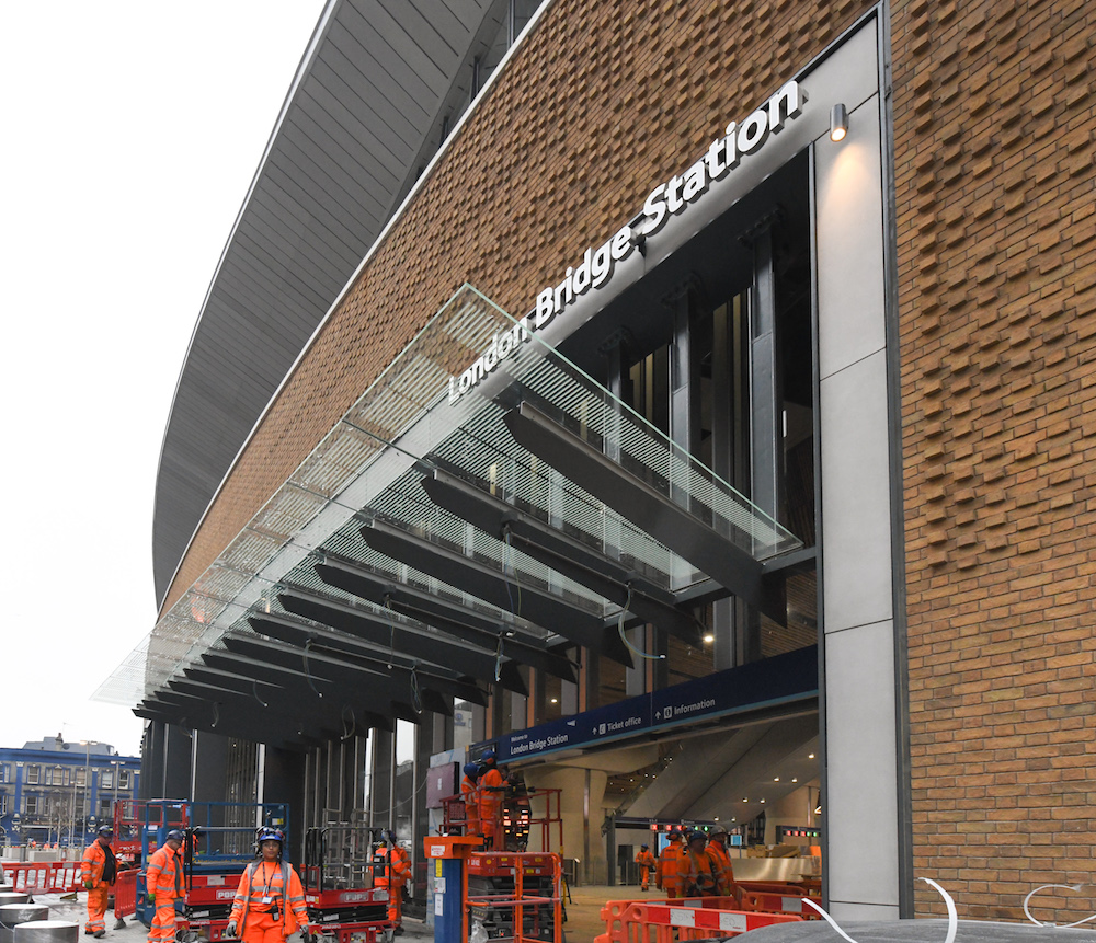 New platforms open at London Bridge after £1000000000 makeover