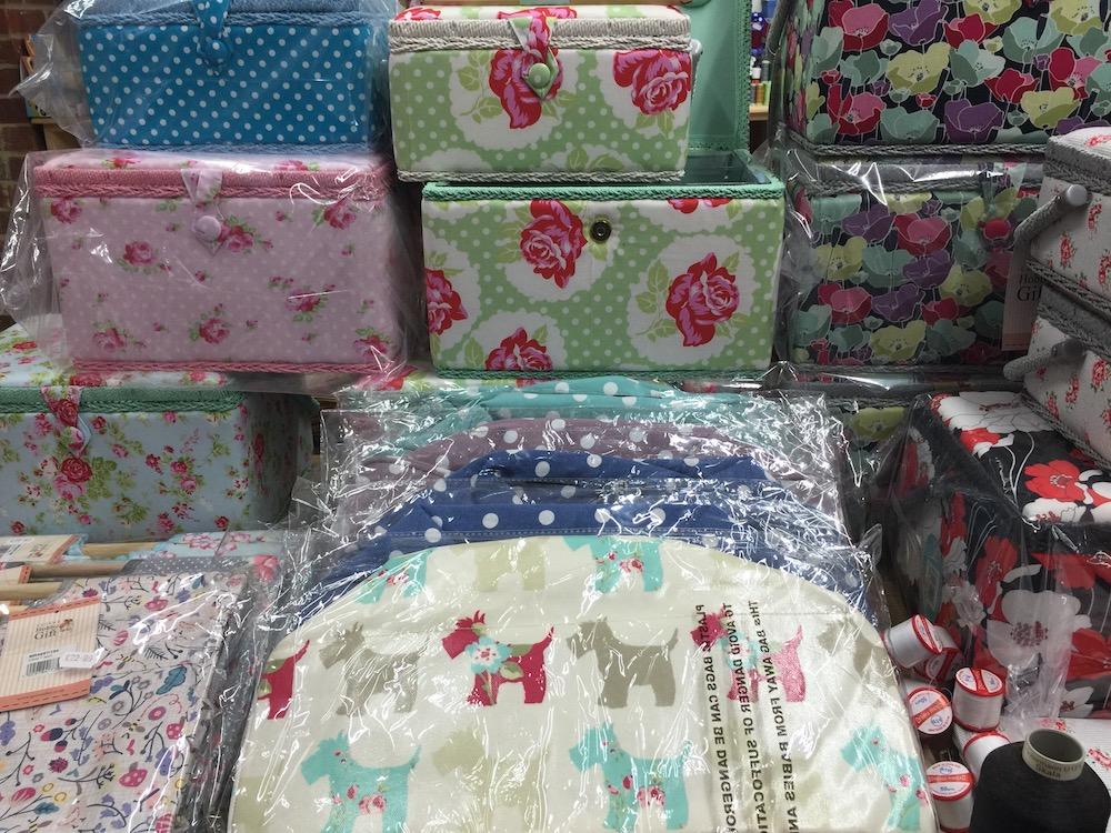 sew-n-sew-sewing-boxes-knitting-bags