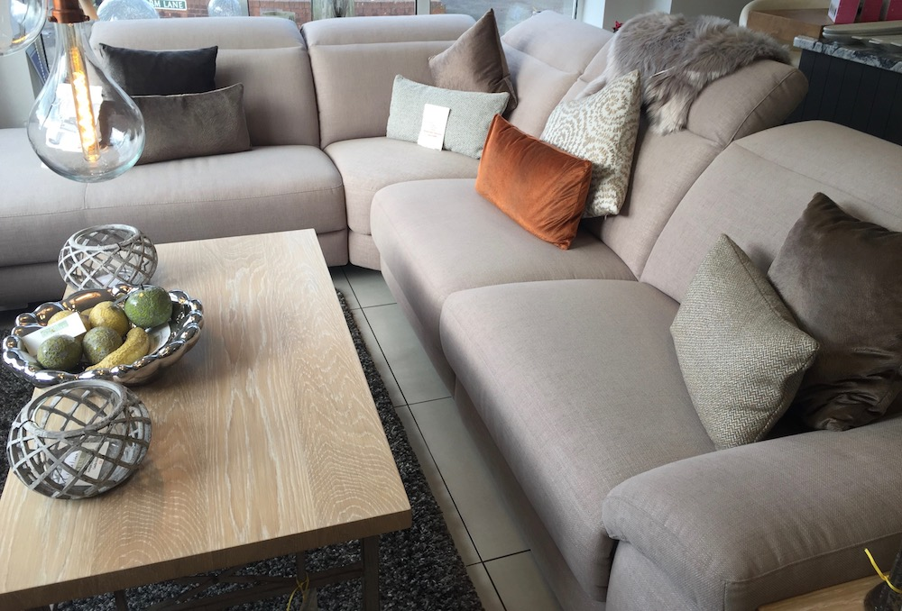 sg-home-furnishings-sofa