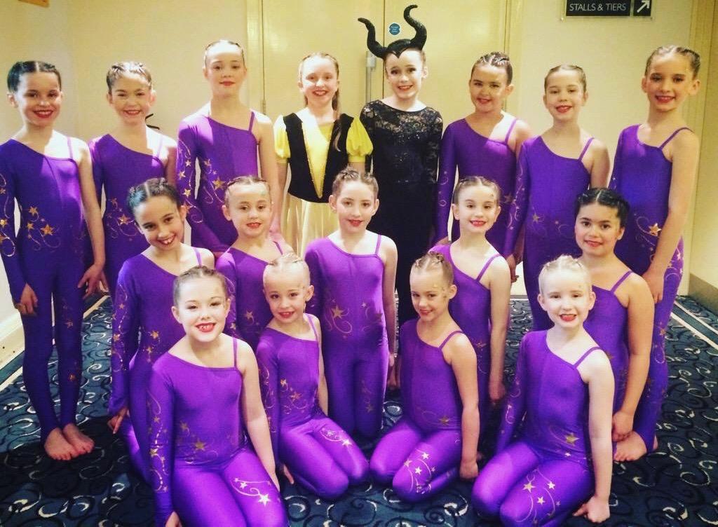 debs-dancers-tunbridge-wells-junior-team-89-marks-3rd-choreo-laura-farley (1)