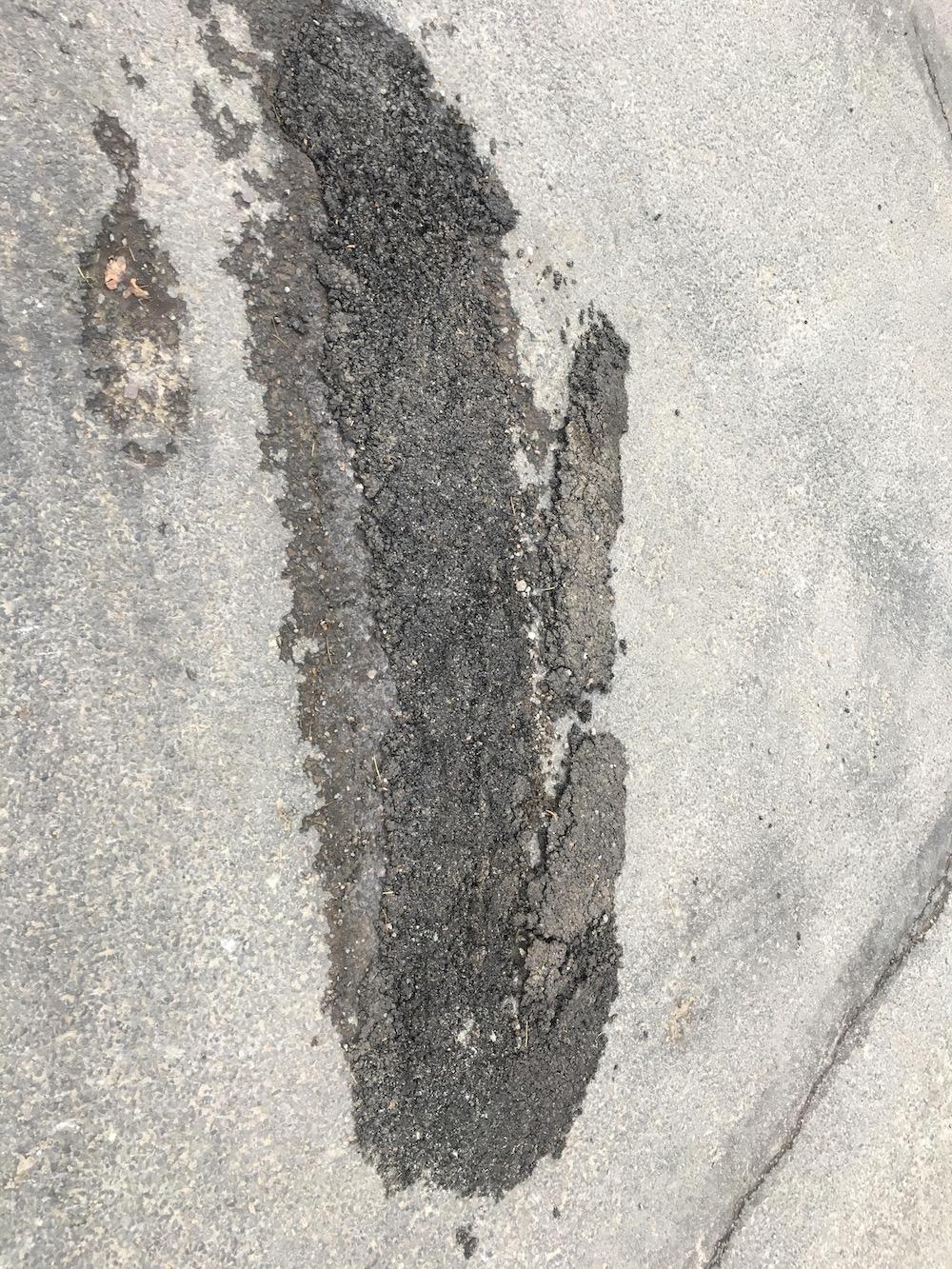 oaklea-way-pothole