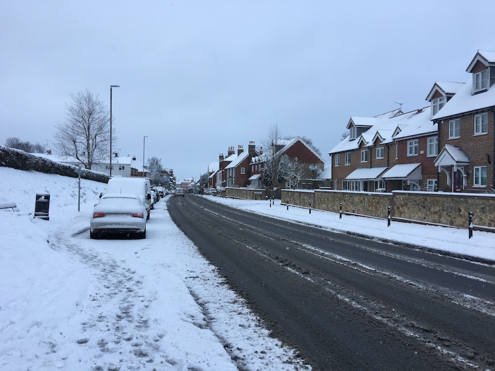 snow-london-road-uckfield