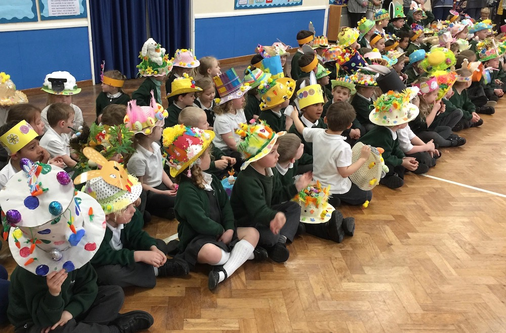manor-easter-bonnets-14