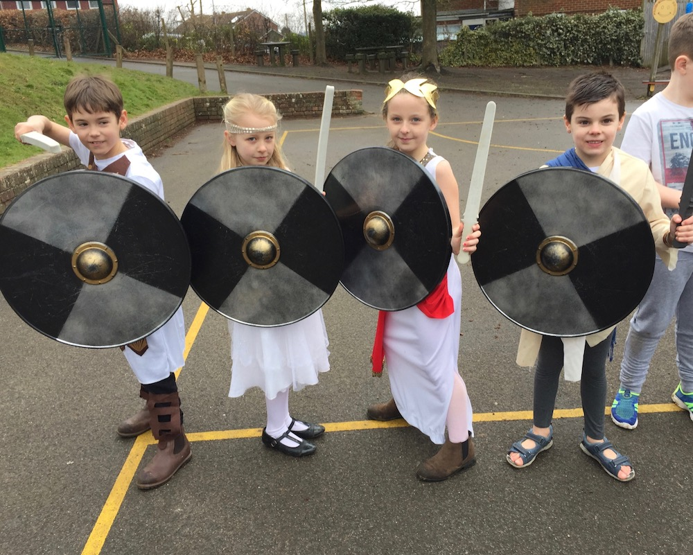 manor-primary-greek-history-warriers