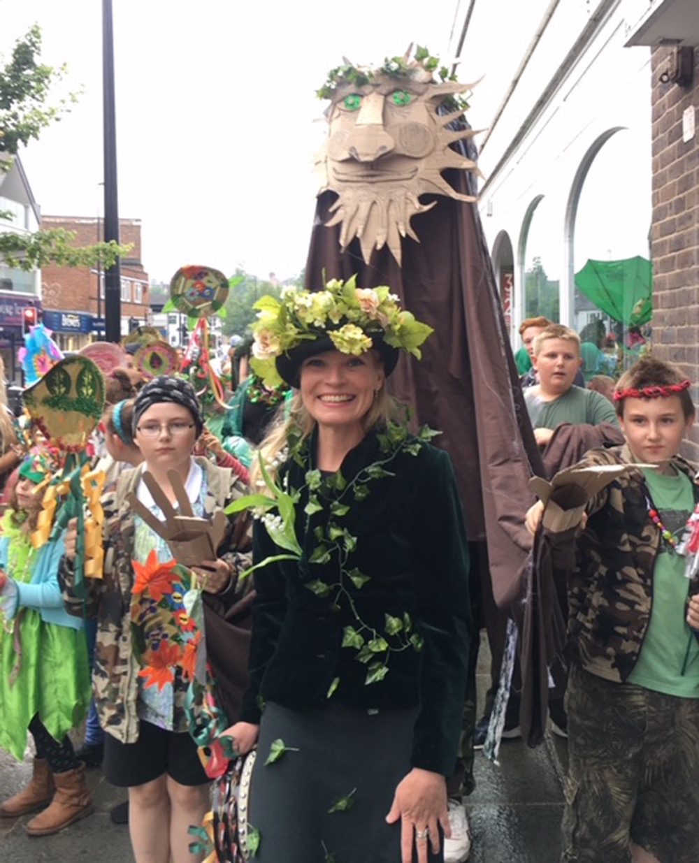 holy-cross-summer-parade-mrs-dart-wood-giant