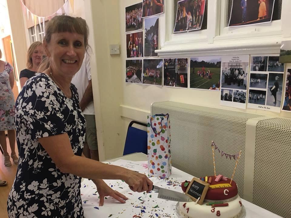 framfield-school-jacqueline-davies-cake