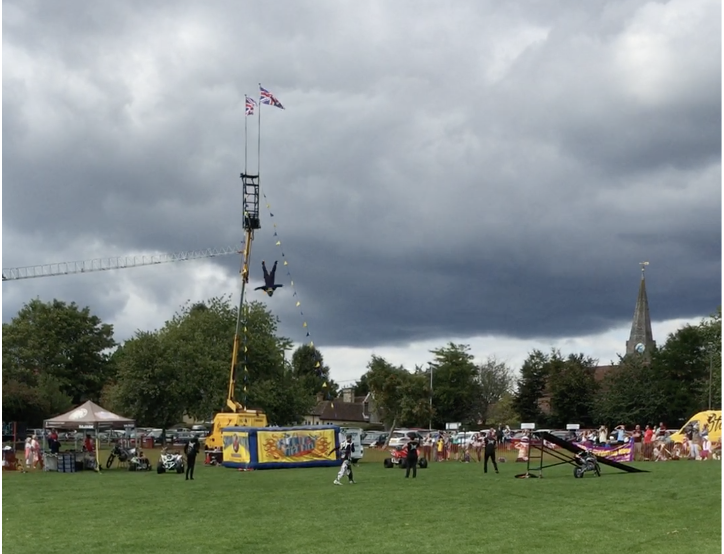 uckfield-rugby-club-fete-free-fall-2