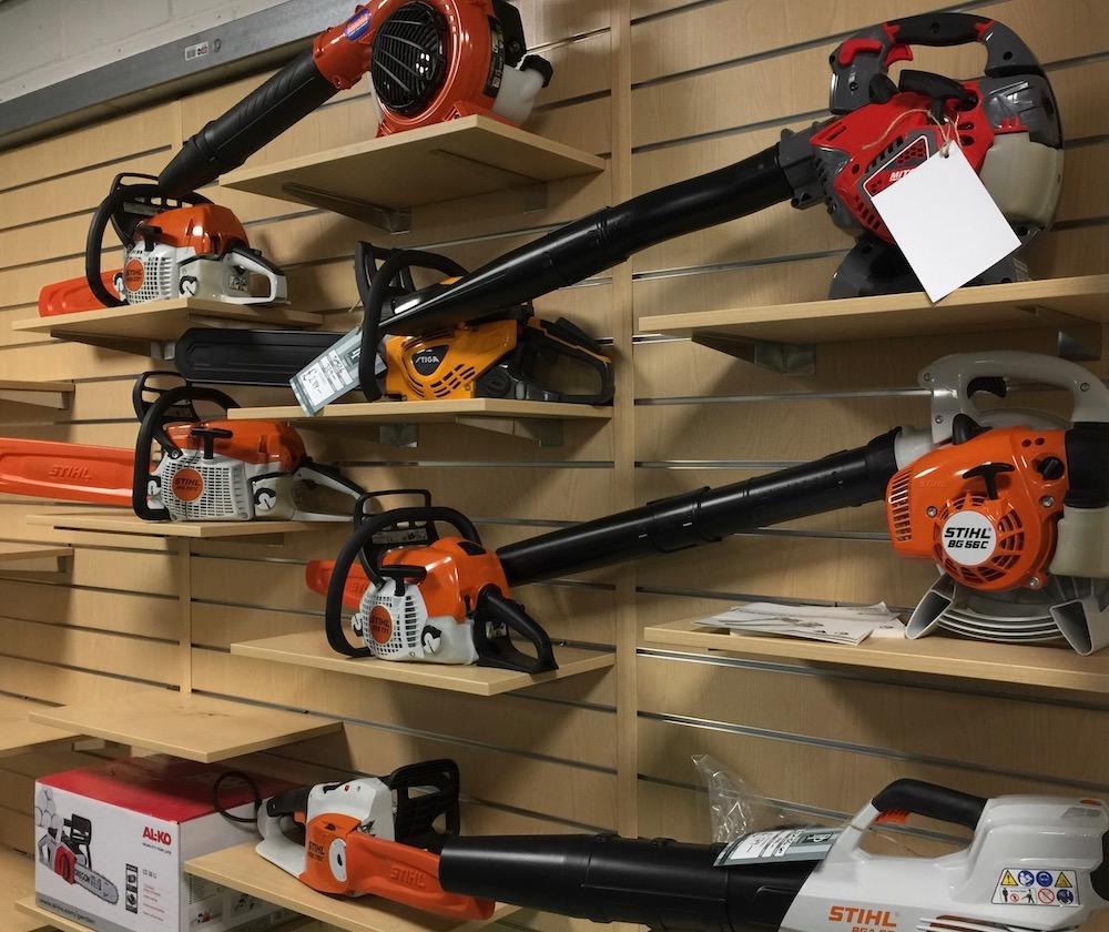 pp-estates-leaf-blowers-chain-saws