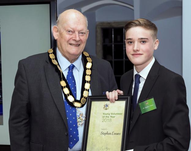 Award for Uckfield teenage volunteer