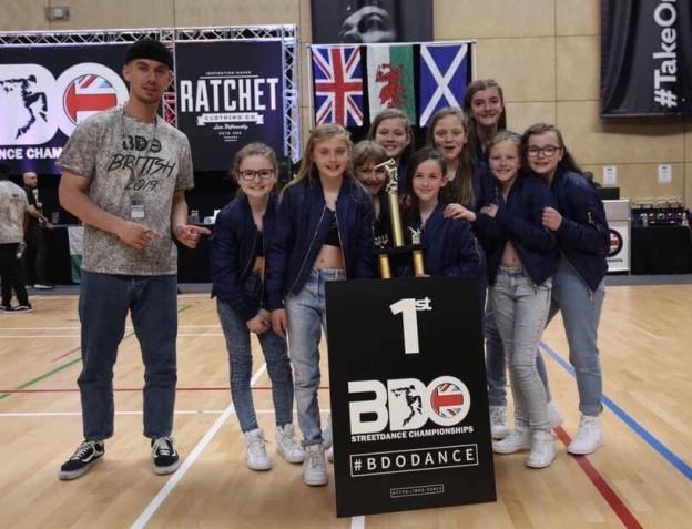 universal-dance-scribble-british-champions