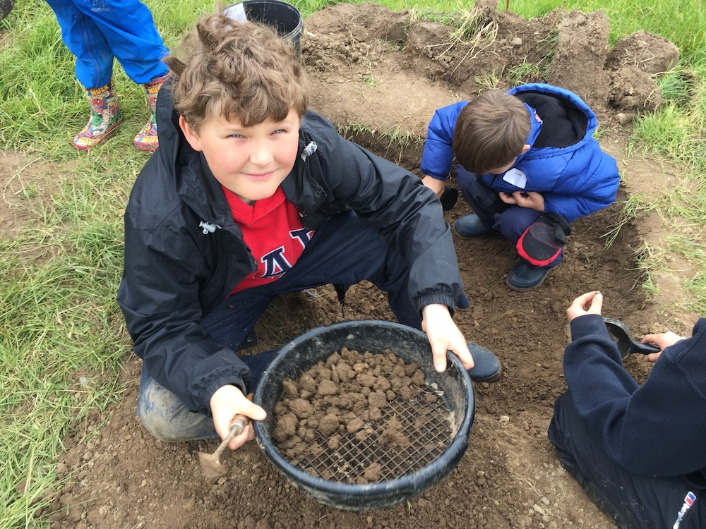 newick-archaeology-nathan-sifting-soil