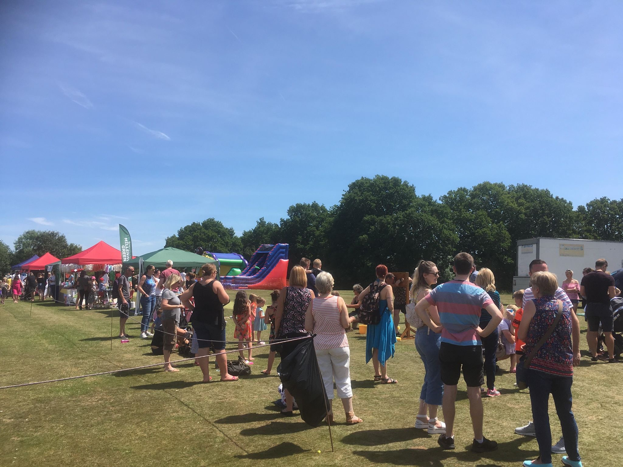 ridgewood-fair-crowds