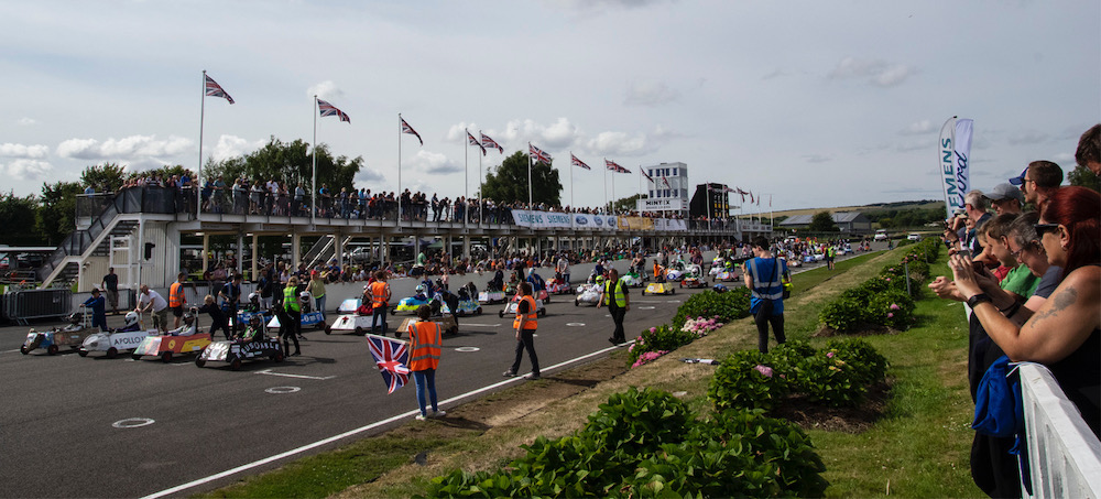 goodwood-kit-cars-crowds-2