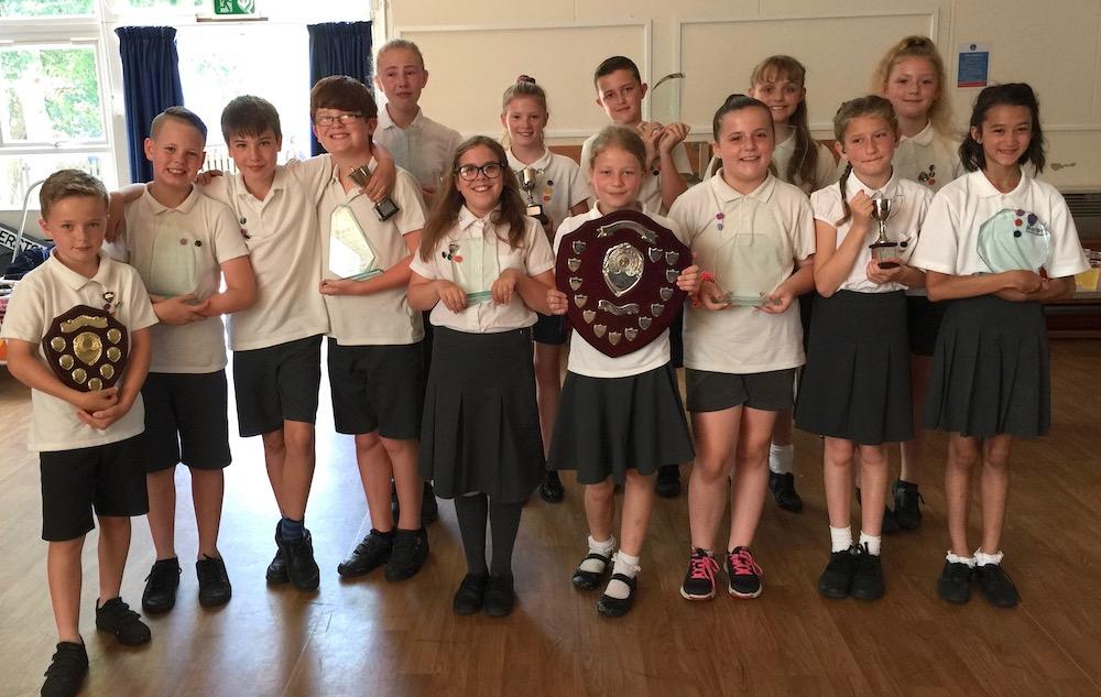 manor-primary-school-year-six-leavers-tw