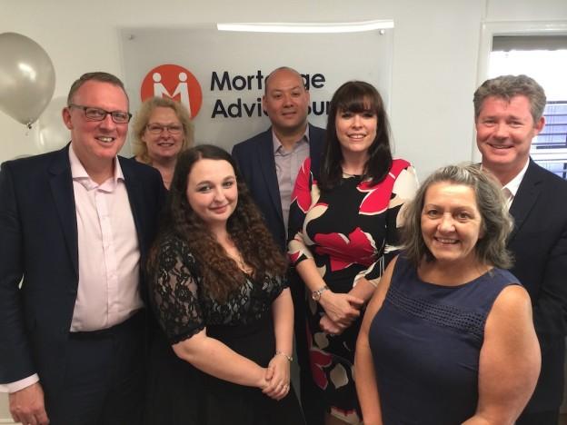 mortgage-advice-bureau-team