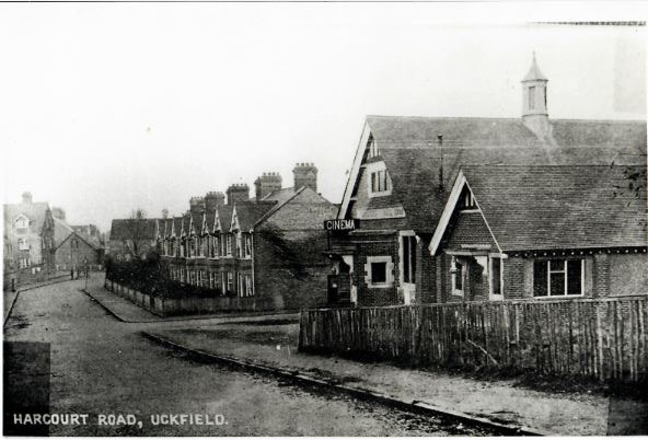 harcourt-road-foresters-hall-right