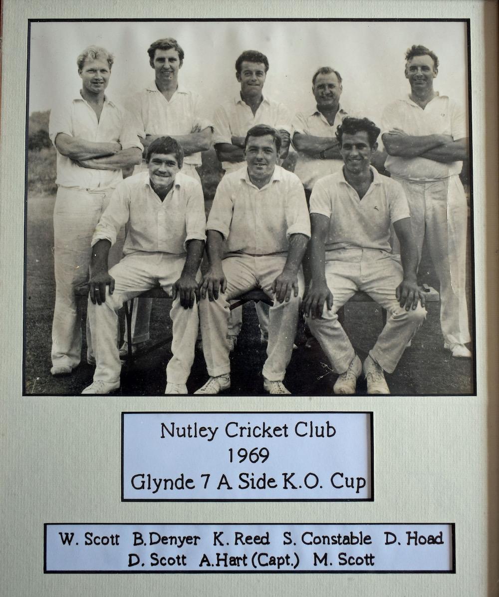 nutley-cricket-club-anniversary-1969-side